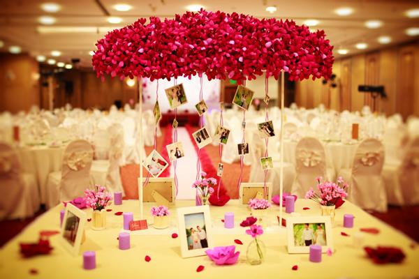Chia sẻ kinh nghiệm tổ chức tiệc cưới tiết kiệm